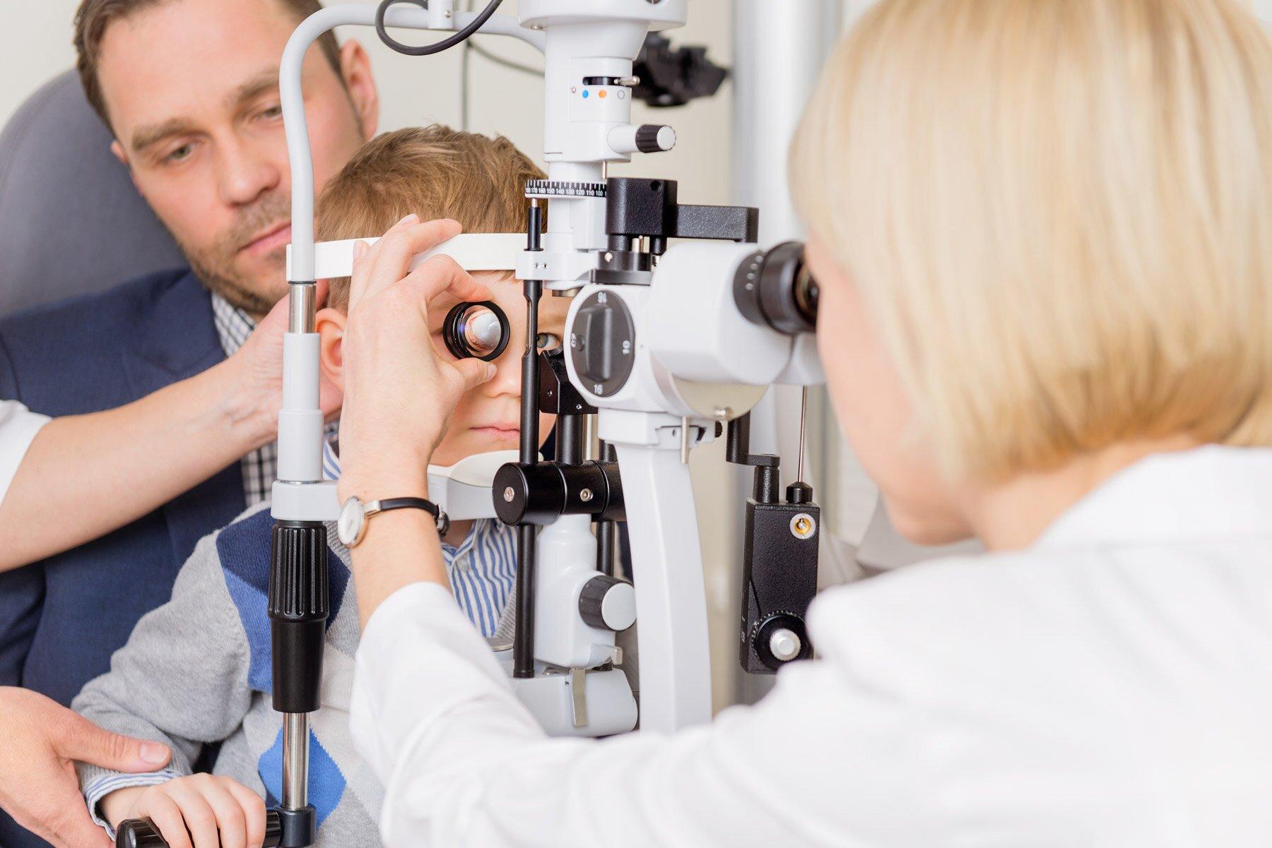 Medicinos-centro-paslaugu-gydytoju-darbo-proceso-fotografavimas-4